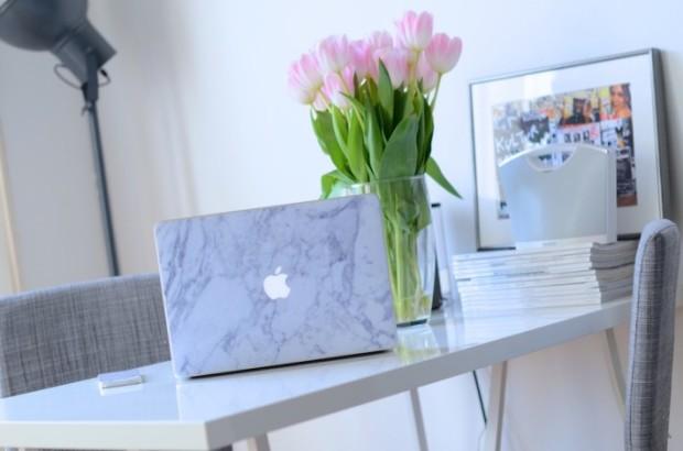 marble-macbook-air-skin-710x470